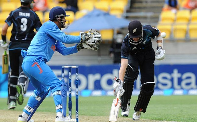IND vs NZ: Kiwis all-out for 230, India yet to bat