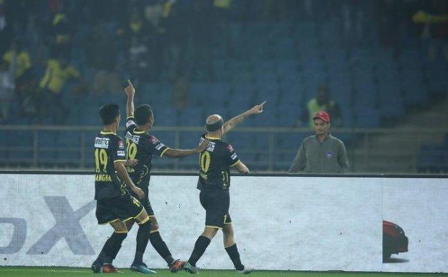 ISL: Kerala Blasters sink Delhi Dynamos