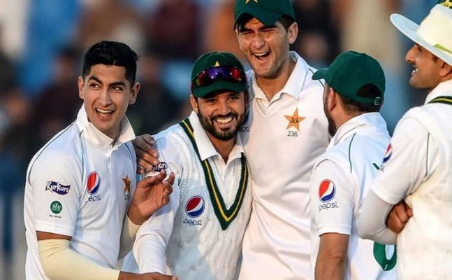 Pakistan leads West Indies by 124 at stumps on day 3