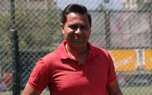 IPL 2020: 'His form is far away from him, 'Aakash Chopra referring to DC batsman