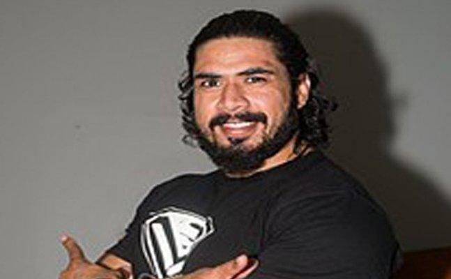 Armanpreet Singh signs with WWE