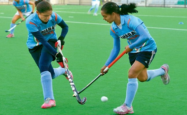 India women hockey side draw against Belgium junior men's team