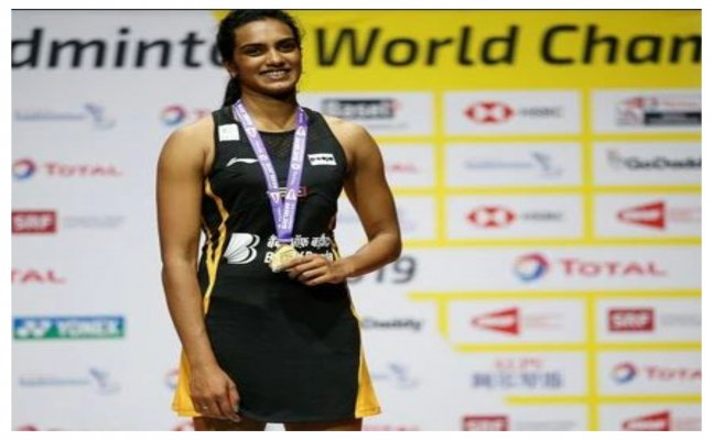 World champion P.V Sindhu receives hero's welcome as she returns home