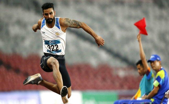 PM congratulates Arpinder Singh on winning Gold in Men's Triple Jump event