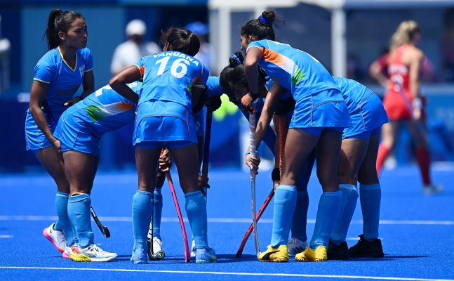 Indian women's hockey loses on Olympic medal, defeated by Great Britain 4 -3 in a thriller