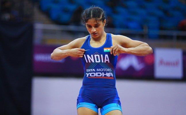 Indian wrestler Vinesh Phogat loses quarter-final bout to Belarus's Vanesa, bronze medal hopes still intact