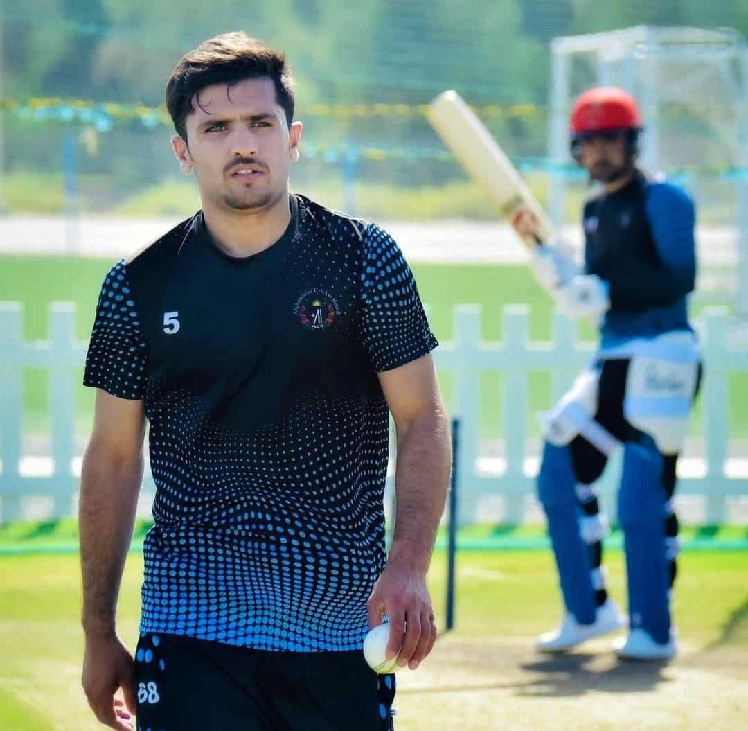 Meet CSK's Afghani Pacer Fazalhaq Farooqi, Who Intimidated Their Batting Lineup With His Pace