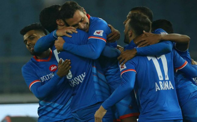 #LetsFootball: FC Goa thump Delhi Dynamos, Go top of the table