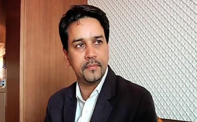 Reveal 13 others involved in spot-fixing: Anurag Thakur