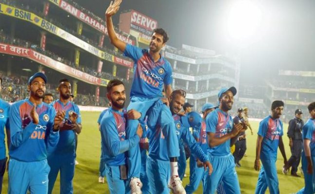 IND vs NZ: India thrash Kiwis in Nehra's farewell game