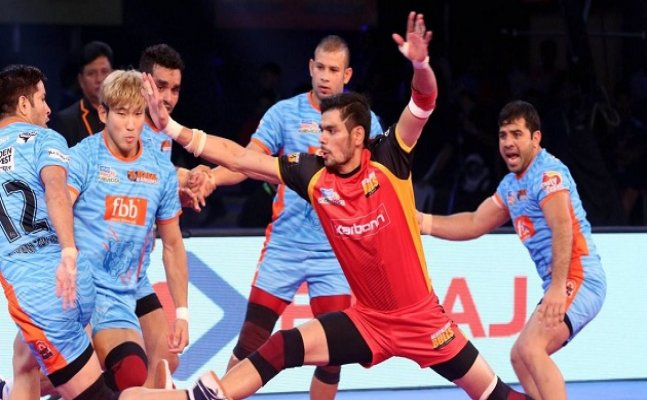 PKL 2017: Comfortable win for Bengaluru Bulls as Ajay and Tushar shine