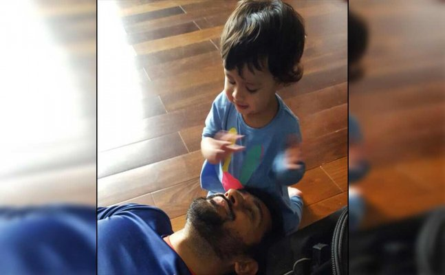 Watch: Dhoni celebrates Christmas eve with daughter Ziva