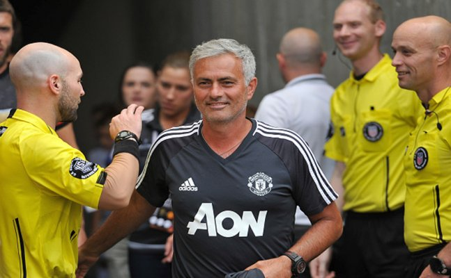 Jose Mourinho extends contract at Man United till 2020