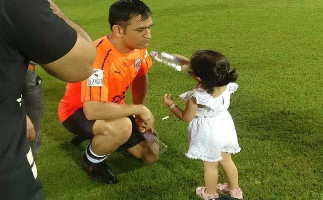 Watch: Ziva carries drink for her father after Celebrity Clasico match