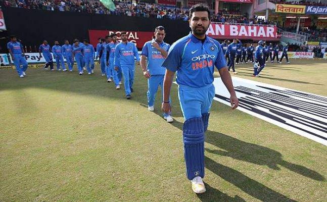 Stat-O-Fact: Dinesh Karthik unwanted record, Lankan's end losing streak
