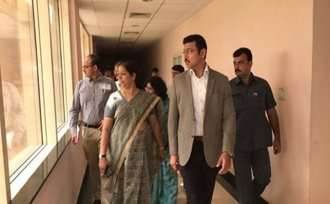Rajyavardhan Rathore conducts surprise inspection at SAI office
