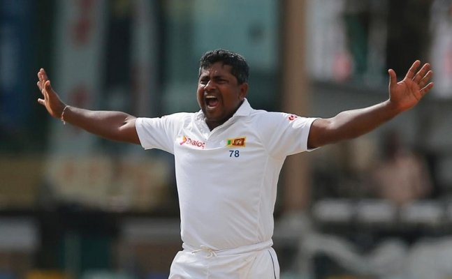 Rangana Herath becomes first left arm spinner to grab 400 Test wickets