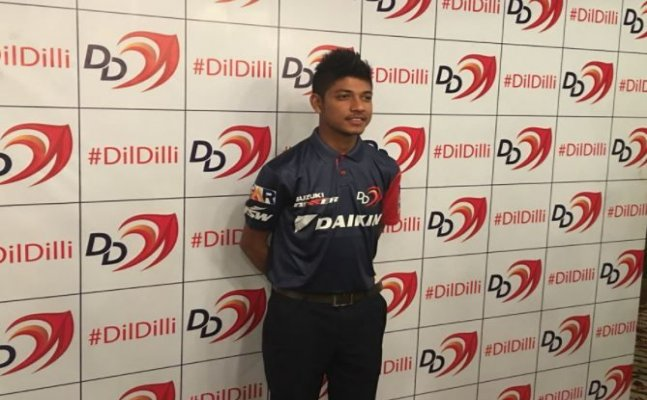 IPL's first Nepal cricketer Sandeep Handed Jersey No.1 by Delhi Daredevils